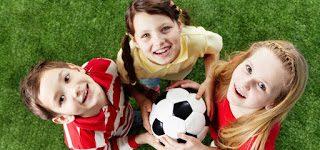 كيف تختار الملابس المناسبة للعب كرة القدم ؟